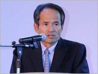 Toru Takahashi speaking at the launch