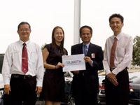 Mr. KK Yap, Sales Advisor; Ms. Phua Bong Chin, Mr. Toru Takahashi, Managing Director and Chief Executive Officer of Honda Malaysia and Mr. Daryl Tan, Sales Manager of Sumber Auto.