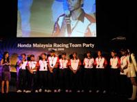 En Shamsul Bin Hassan shares his challenging spirit in HMRT team.
