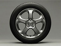 17-inch alloy wheel.