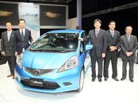 (Left - right) Mr. Kohei Hitomi, Mr. Fumihiko Ike, Mr. Atsushi Fujimoto, En. Azman Bin Idris, President & COO of Honda Malaysia, Ikuo Kanazawa, Vice President Honda Malaysia Sdn Bhd.
