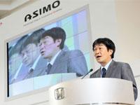 Mr. Atsushi Fujimoto, Managing Director and Chief Executive Officer of Honda Malaysia sharing The Power of Dream behind the creation of ASIMO.