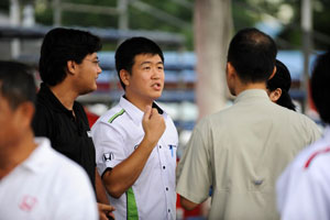 Ray Leong (in white) from PR department (HMSB), has a mission.