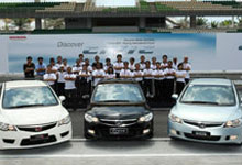 Civic Line-up Put to Test by Malaysian Media at Sepang International Circuit