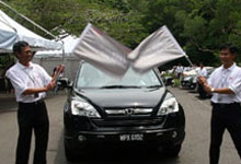 ALL NEW CR-V sedan driving put to test by Malaysian Media'